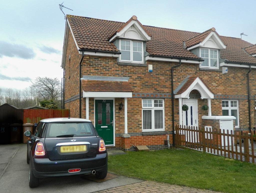 2 Bedrooms Terraced House for sale in Crosthwaite Grove, Hylton Castle