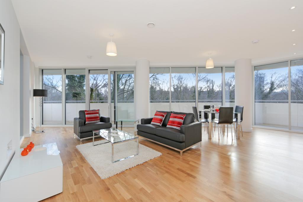 1 Bedroom House for sale in Edmunds House, Colonial Drive, London