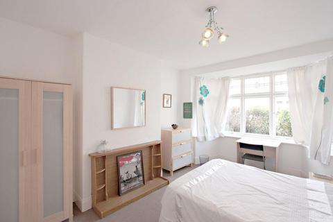 3 bedroom apartment to rent - Cavendish Road, Newcastle Upon Tyne