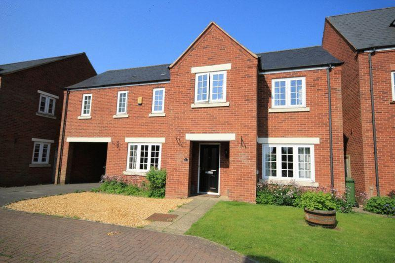 4 Bedrooms Detached House for sale in CHURCH CLOSE, SMALLEY