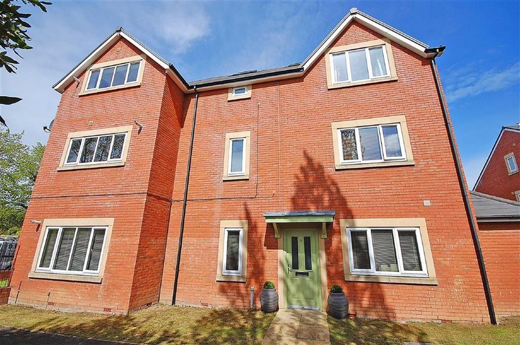 2 Bedrooms Flat for sale in Cirencester Road, Charlton Kings, Cheltenham, GL53