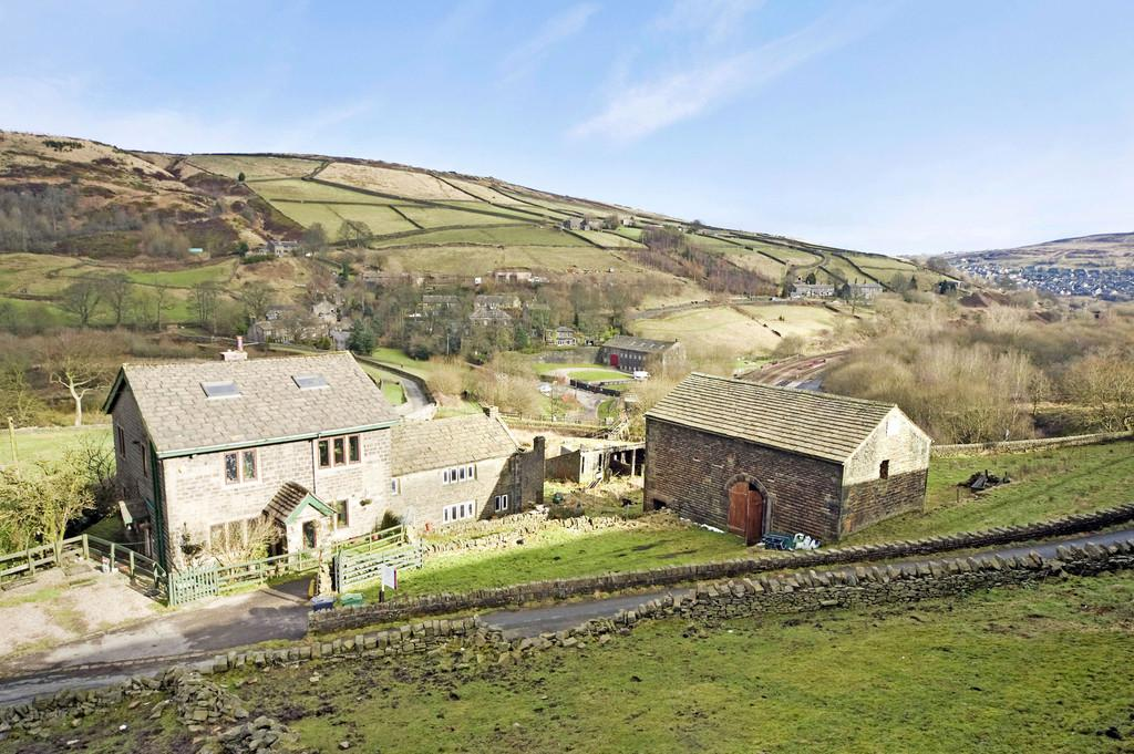 3 Bedrooms Farm House Character Property for sale in Ainsley Cottage, Huddersfield HD7