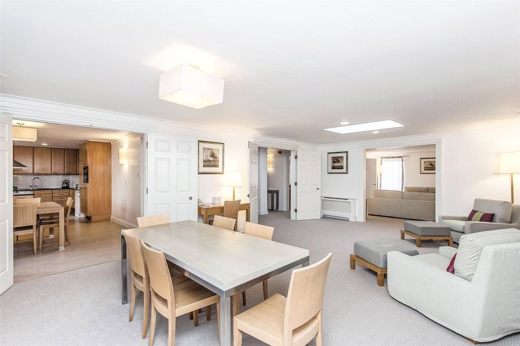 4 Bedrooms Penthouse Flat for rent in Hertford Street, London, W1J