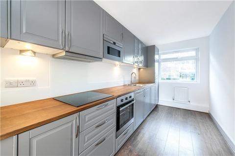2 bedroom flat to rent - Carisbrooke House, Courtlands, Sheen Road, Richmond, TW10
