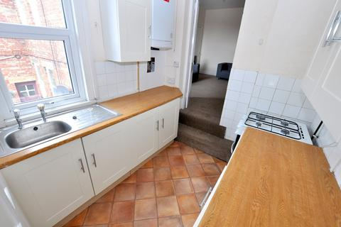 4 bedroom flat to rent - Greystoke Avenue, Sandyford, Newcastle Upon Tyne