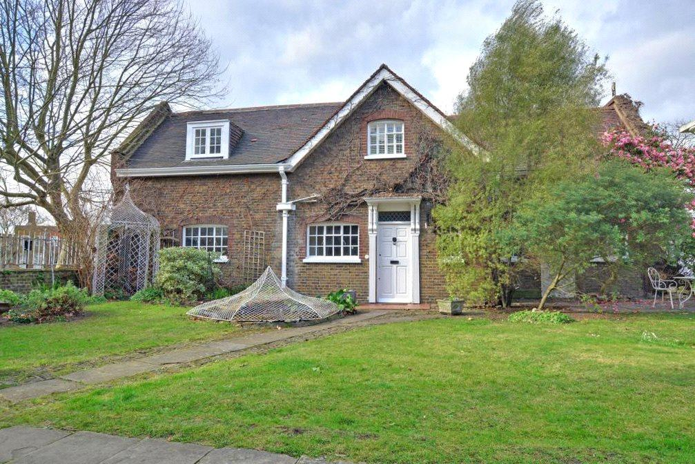 3 Bedrooms House for sale in Macartney House, Chesterfield Walk, Greenwich, London, SE10
