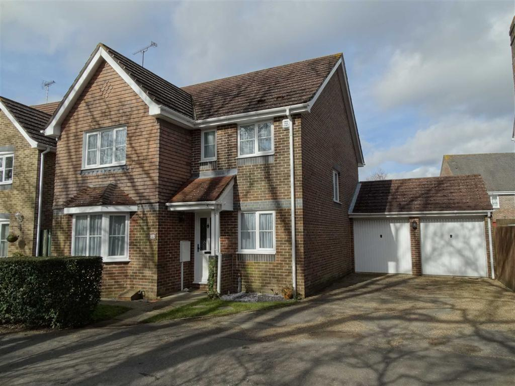 4 Bedrooms Detached House for sale in Burgess Hill, West Sussex