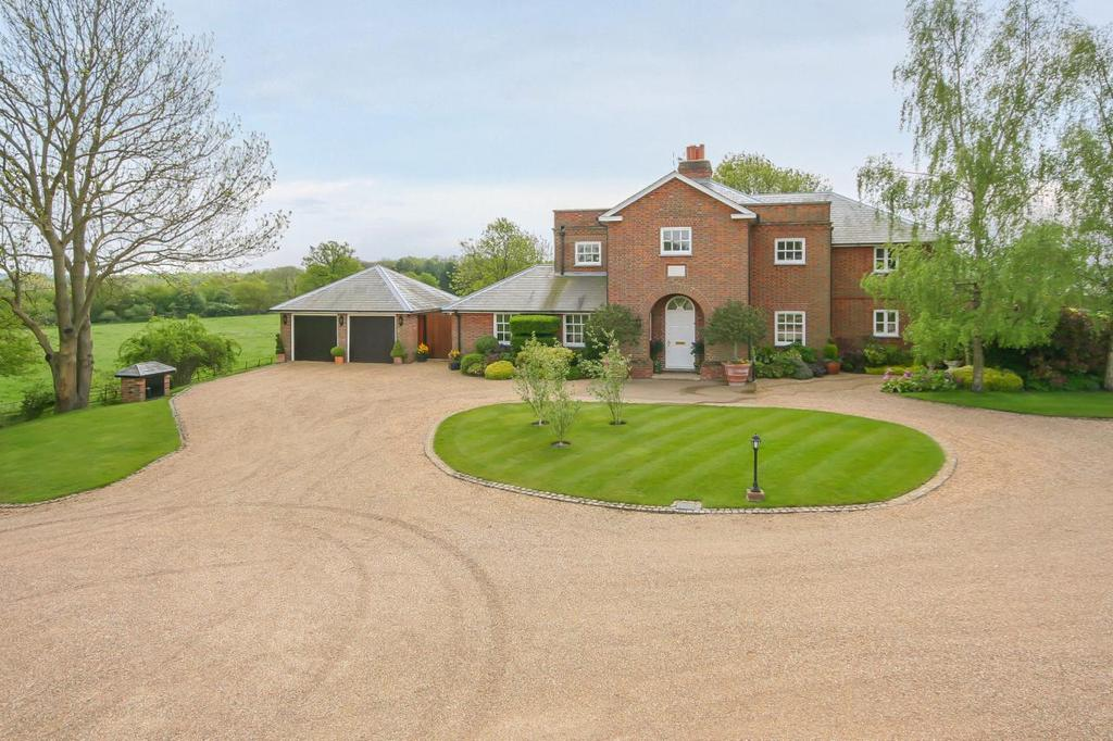 5 Bedrooms Detached House for sale in Hoo Park, Whitwell, Hitchin, Hertfordshire