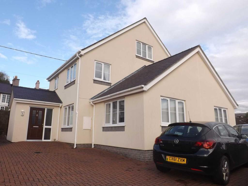 4 Bedrooms Detached House for sale in Maes Y Llenor, Talysarn