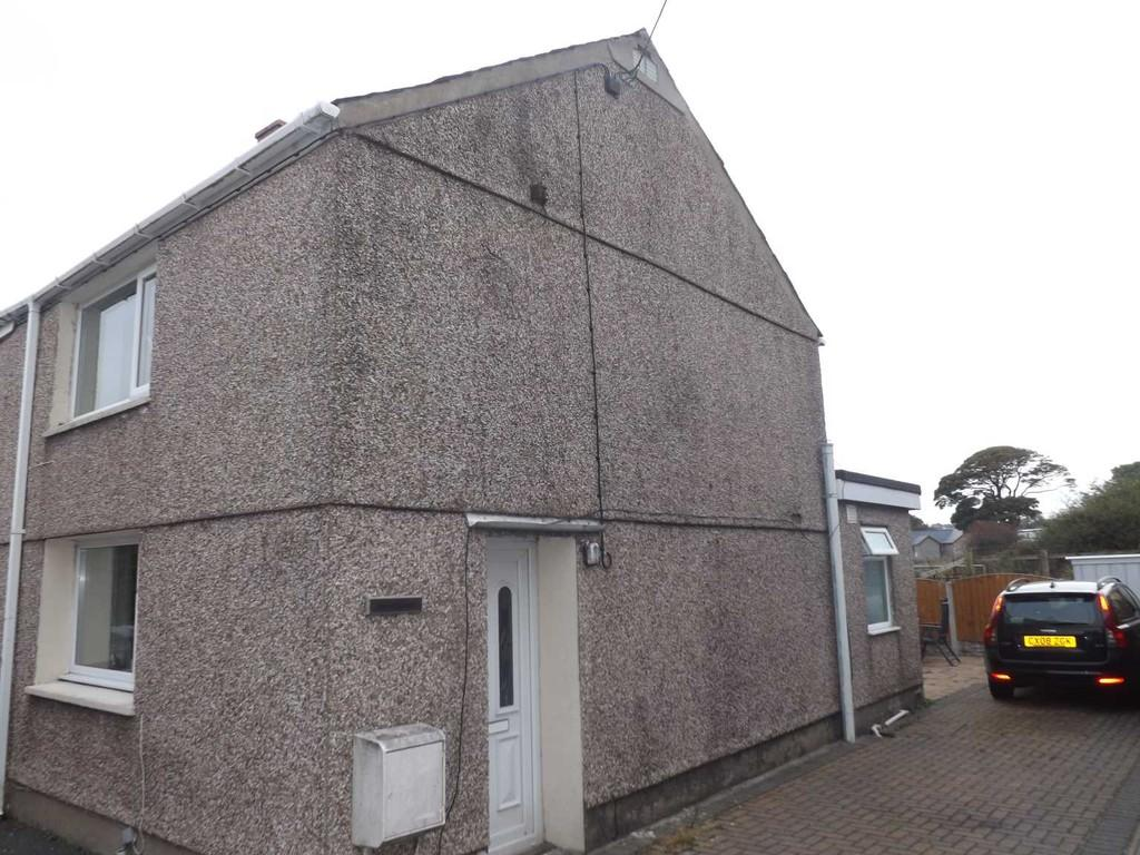 2 Bedrooms Semi Detached House for sale in Saron, Bethel