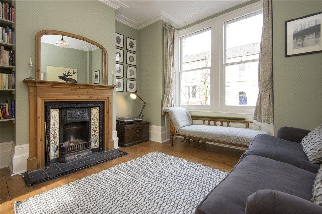 3 Bedrooms Terraced House for sale in Colenso Road, London, E5
