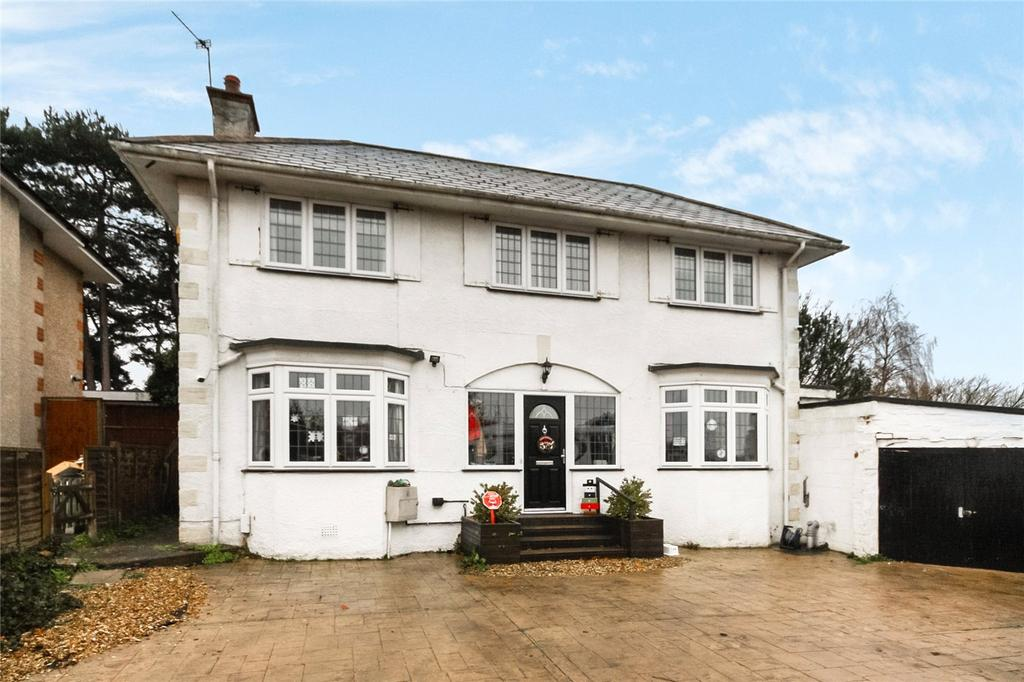 4 Bedrooms Detached House for sale in Lascelles Road, Boscombe East, Dorset, BH7