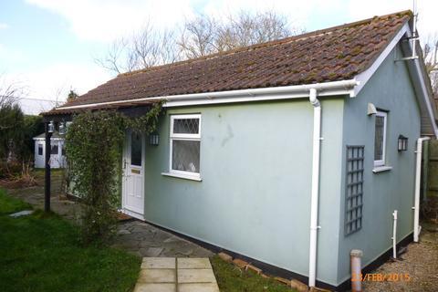 Studio to rent - Spalding