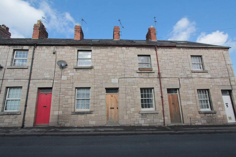 2 Bedrooms Terraced House for sale in Mwrog Street, Ruthin
