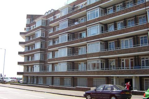 2 bedroom flat to rent - Viceroy Lodge, Kingsway, Hove BN3