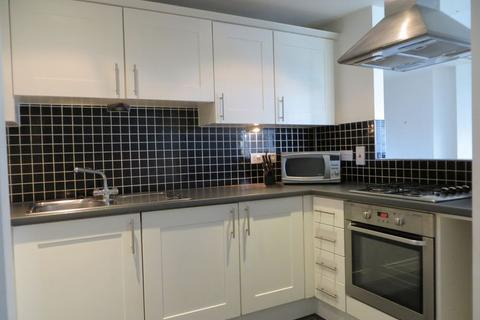 2 bedroom flat to rent - Hallings Wharf, Stratford E15
