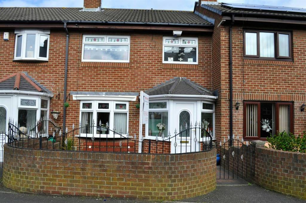 3 Bedrooms Terraced House for sale in Osman Close, Hendon, Sunderland