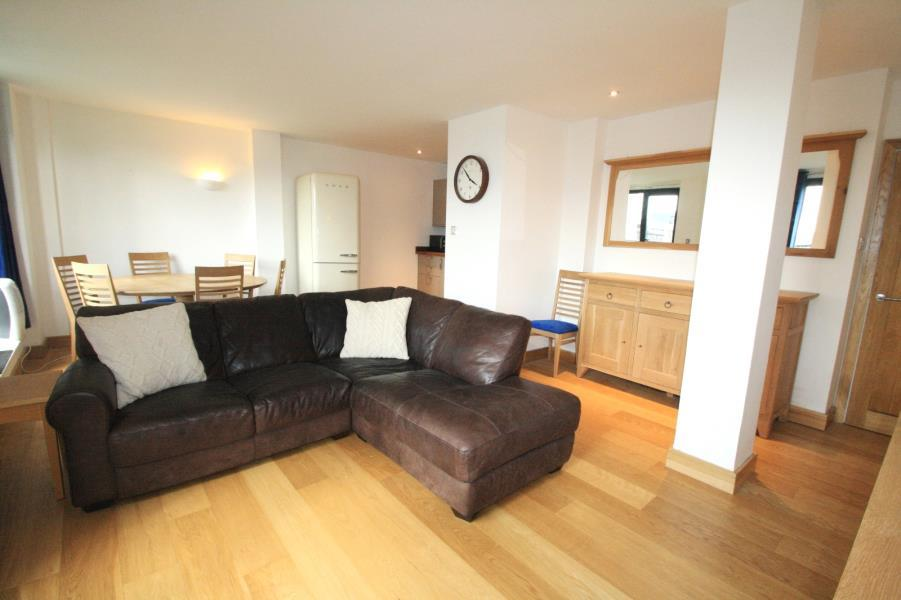 2 Bedrooms Flat for rent in 14 PARK ROW, LEEDS, LS1 5HU