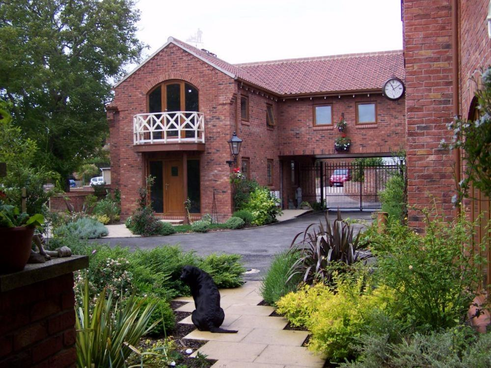 3 Bedrooms Town House for sale in Greenacres, Keyingham, East Riding of Yorkshire