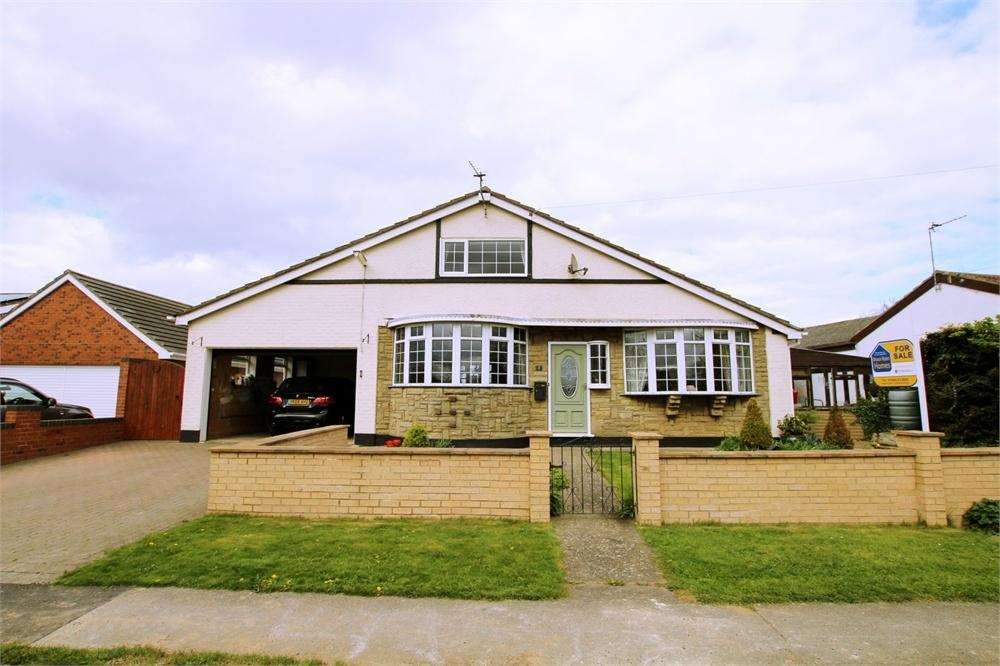 4 Bedrooms Detached House for sale in 2 North Leys Road, Hollym, East Riding of Yorkshire