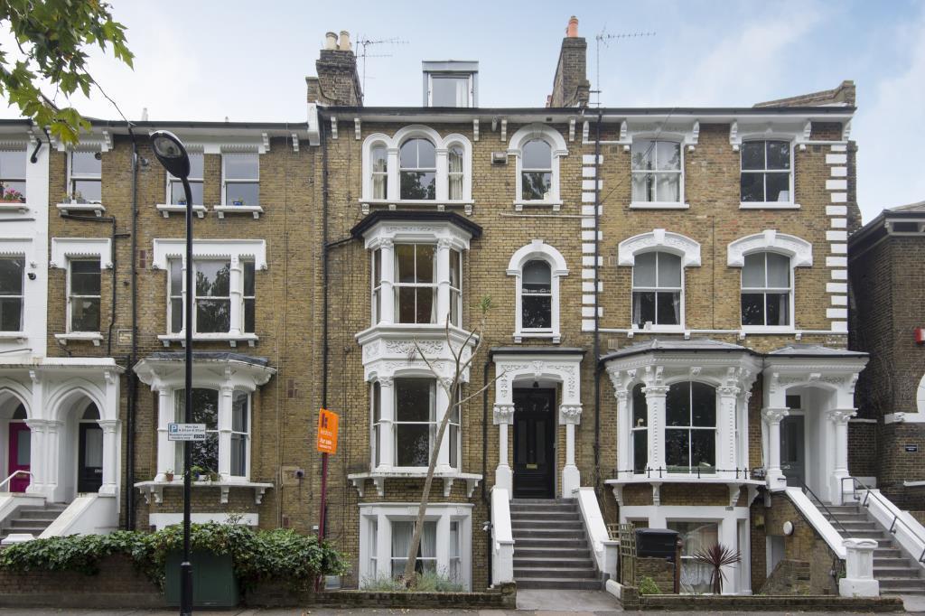 1 Bedroom Flat for sale in Queensdown Road, London, E5