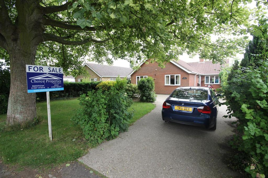 3 Bedrooms Detached Bungalow for sale in Colindale, Station Road, Willoughby, Lincolnshire