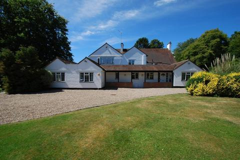 5 bedroom detached house to rent - Mills Folly Hawthorn Lane, Farnham Common, SL2