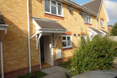 2 bedroom terraced house to rent - Paisley Close, Luton, Bedfordshire, LU4 9GF