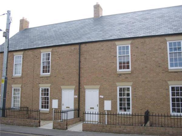 3 Bedrooms Terraced House for sale in Friskney Terrace, Alford