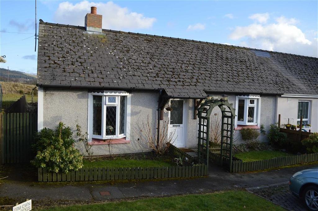 2 Bedrooms Semi Detached Bungalow for sale in 6, Cwrt Y Wern, Pontrhydfendigaid, Ystrad Meurig, Ceredigion, SY25