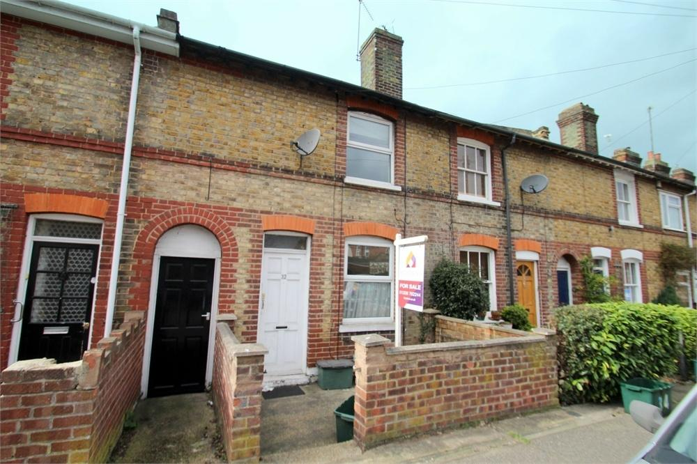 2 Bedrooms Terraced House for sale in St Pauls Road, COLCHESTER, Essex