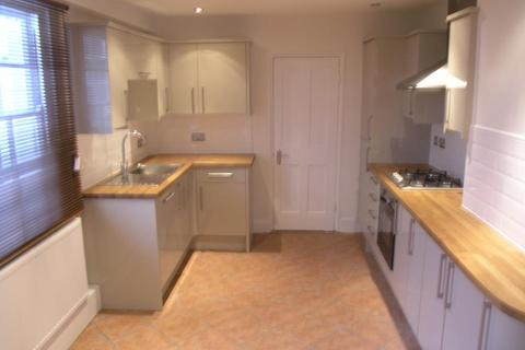 4 bedroom terraced house to rent - King William Walk, Greenwich, London, SE10