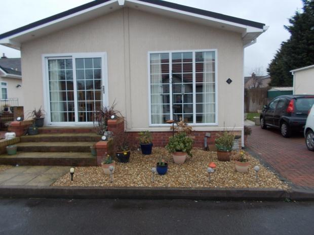 2 Bedrooms Mobile Home for sale in Stafford Park Marsh Road, Rhyl, LL18