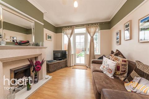 4 bedroom terraced house to rent - Beechcroft Road, SW17