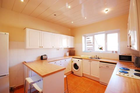 4 bedroom terraced house to rent - Windsor Terrace, Gosforth