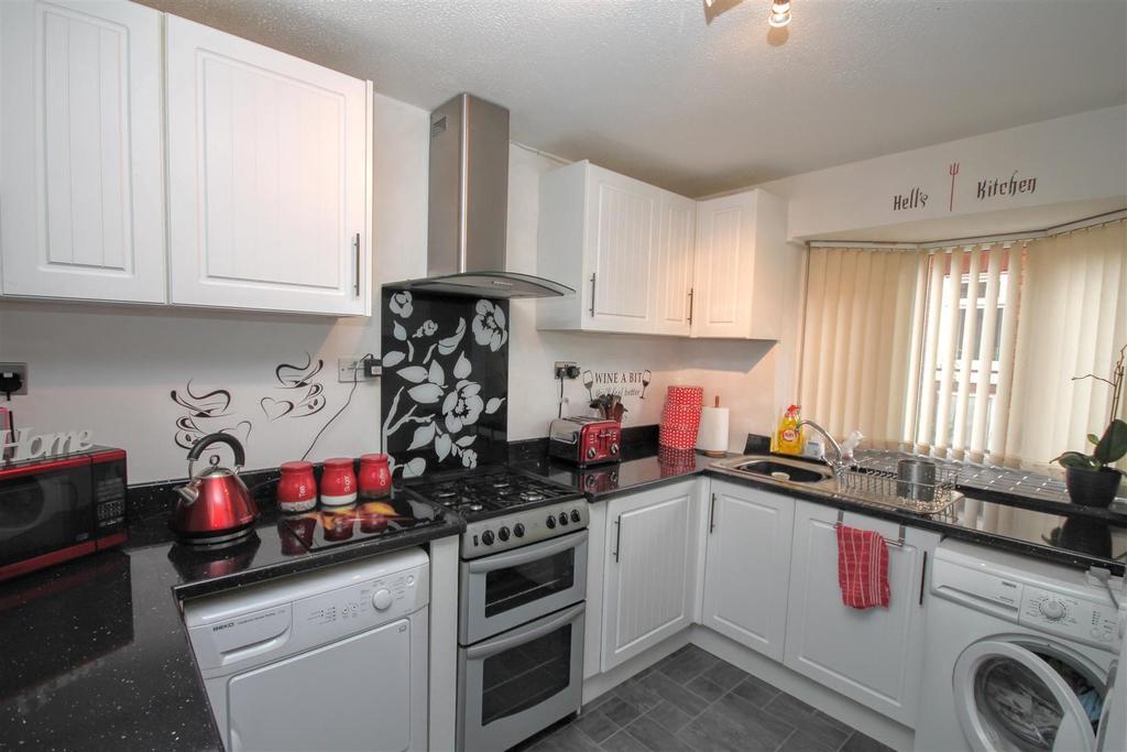 3 Bedrooms Semi Detached House for sale in Edmund Street, Darlington