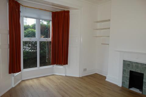 6 bedroom terraced house to rent - St Helens Avenue, Swansea
