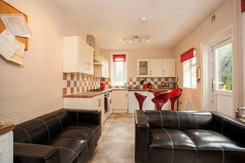 5 bedroom detached house to rent - 5 Bed Student House on Shelbourne Road