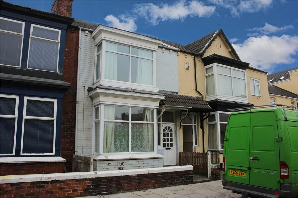 3 Bedrooms Terraced House for sale in Blenheim Road, Longlands