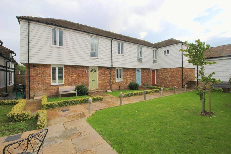 2 Bedrooms Terraced House for sale in Foots Cray High Street, Sidcup