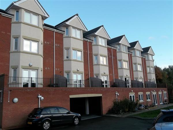 1 Bedroom Apartment Flat for sale in Ryland House, Redditch, Hewell Road, Enfield, Redditch