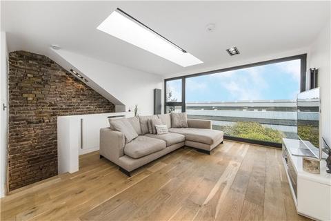 2 bedroom flat for sale - Ennismore Avenue, Chiswick, London, W4