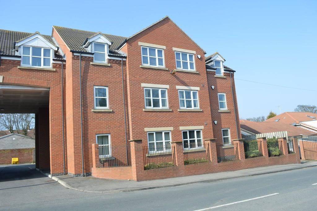 2 Bedrooms Apartment Flat for sale in Dovedale Court, Seaham