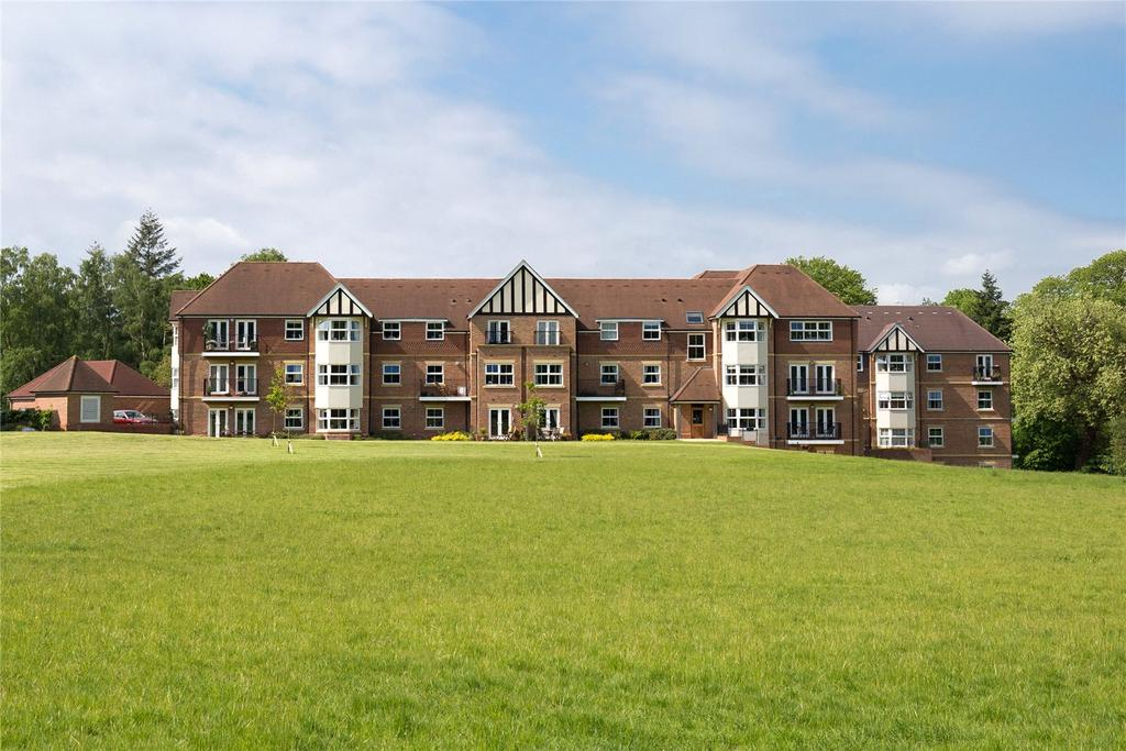 1 Bedroom Retirement Property for sale in Cavendish House, 3-4 Tudor Court, Liphook, Hampshire, GU30