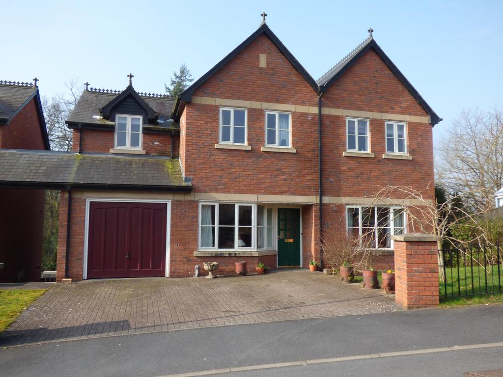 4 Bedrooms Detached House for sale in Rock House Court, Llandrindod Wells, Powys