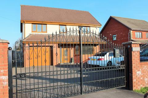 5 bedroom detached house to rent - Mynydd Bach Glo, Waunarlwydd