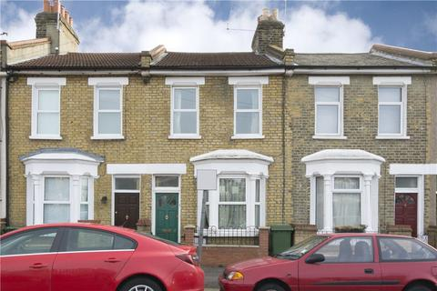 2 bedroom terraced house to rent - Pitchford Street, London, E15