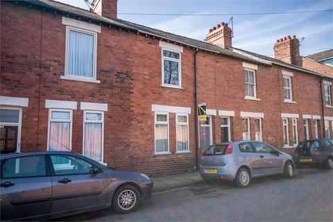 3 bedroom terraced house to rent - South Bank Avenue, York