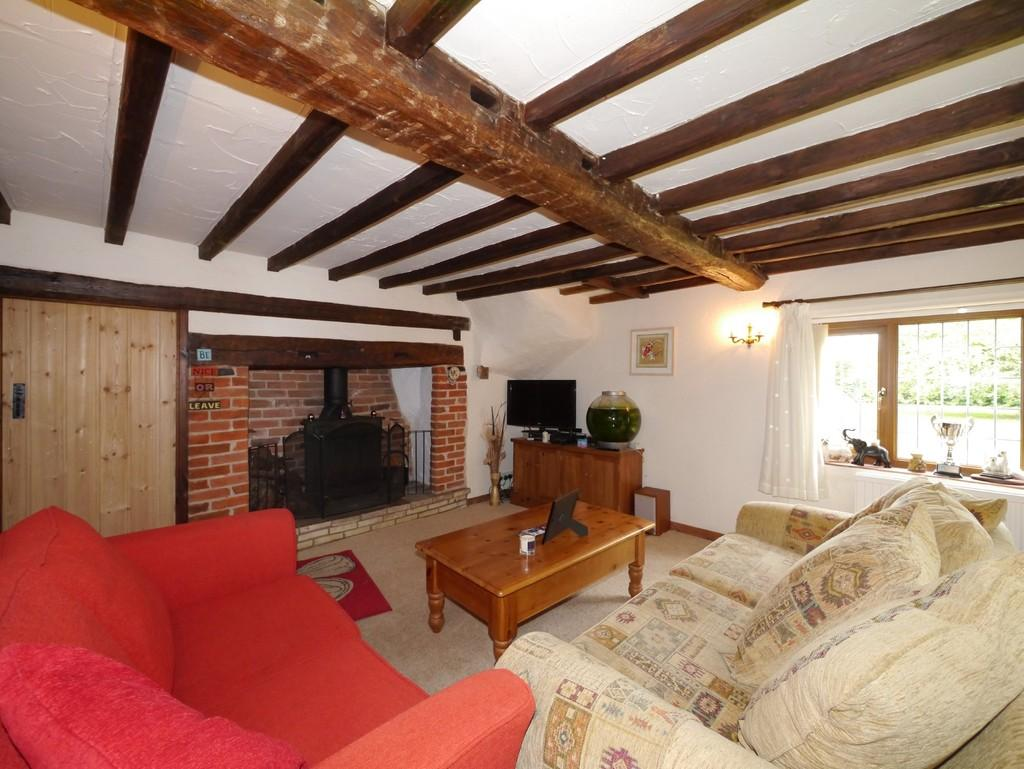 3 Bedrooms Detached House for sale in The Green, Barnby, Beccles