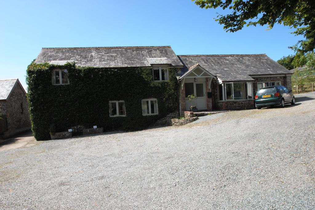 4 Bedrooms Detached House for sale in Ivyleaf Hill, Bude